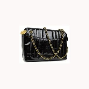 Chanel Patent Mademoiselle Camera 220121